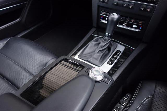 E350クーペ AMGスタイリングパッケージ パノラマルーフ